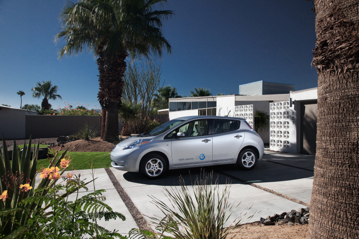Maryland Nissan Dealership Hosts Nissan Leaf Earns Top Saftey Pick